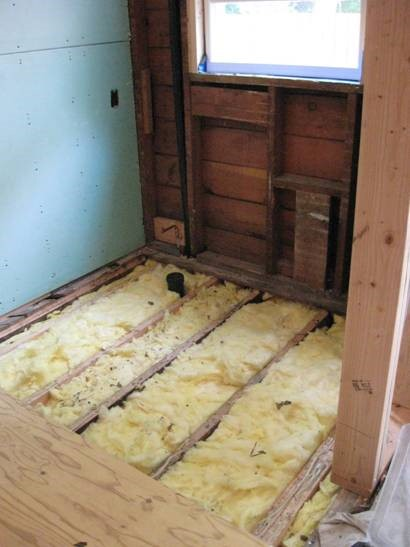 Bathroom Flooring with New Insulation